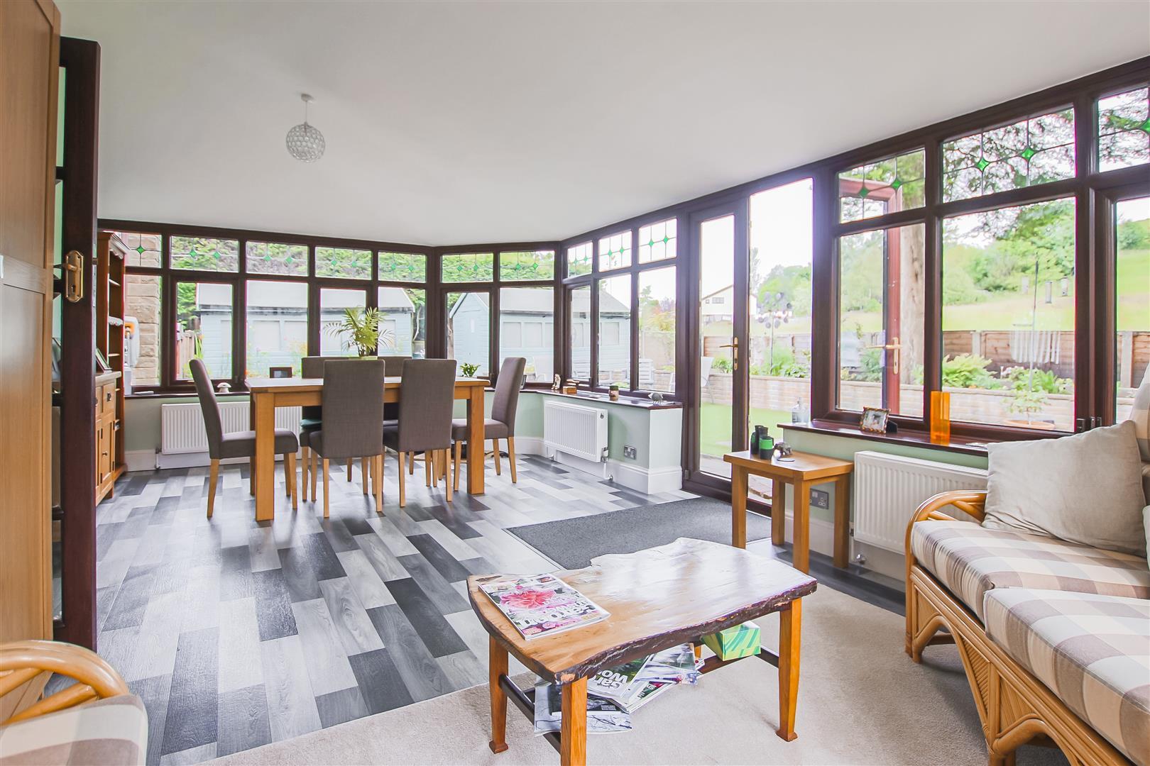 6 Bedroom Detached House For Sale - Annex Dining Room